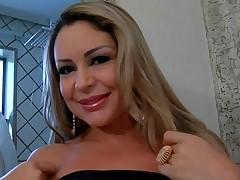 Brazilian slut gets mouth full of fresh loads of tasty jizz